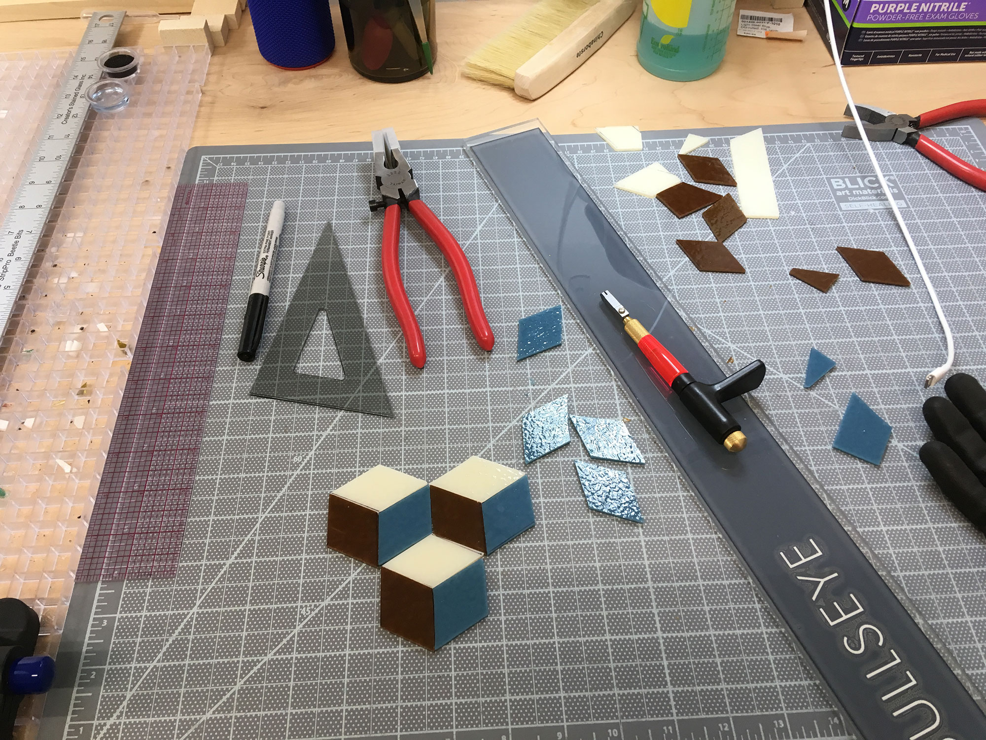 Cutting Cube Pieces